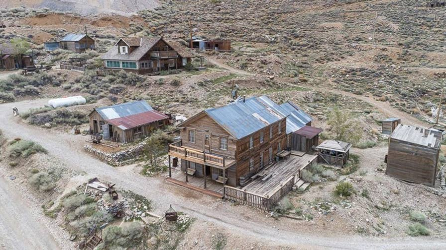 An entire ghost town located in Mount Whitney, California is for sale and its listing price is just under $1 million dollars.