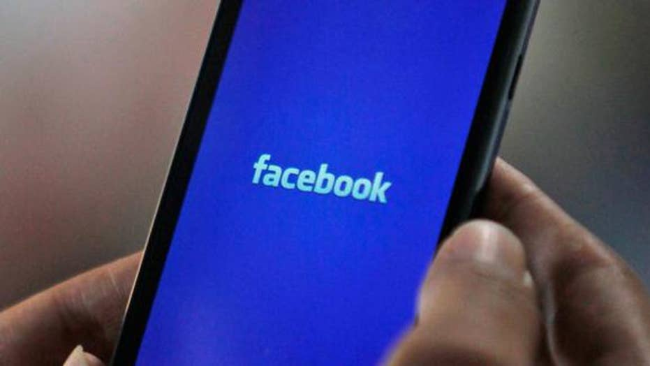 How to unfilter the censorship on your Facebook news feed