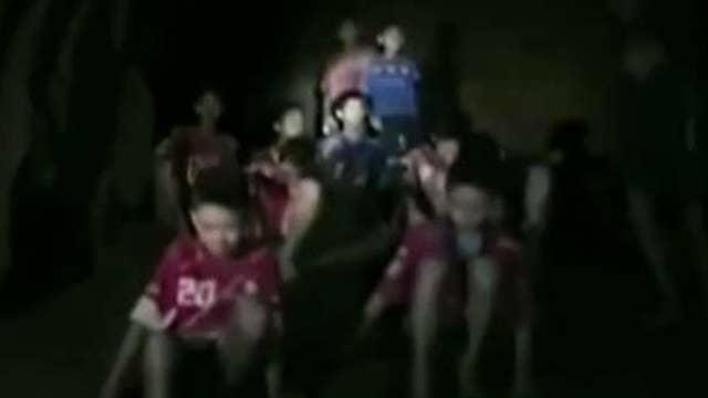 Massive effort to rescue stranded youth soccer team