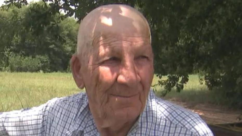 81-year-old man reportedly stung 1,000 times in bee attack