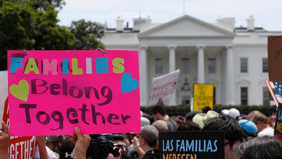 Gov't won't meet court deadline to reunite migrant families