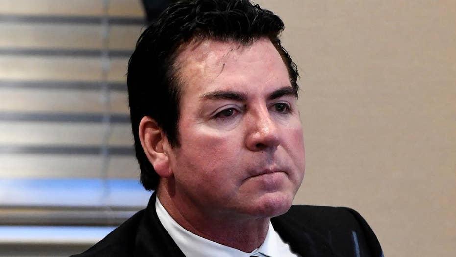 Papa John's founder John Schnatter resigns