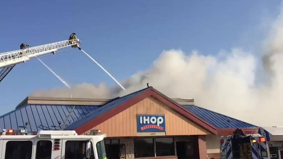 IHOP in Fort Worth, Texas burns down