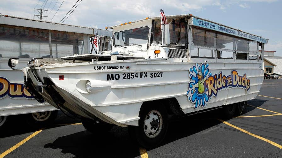 Inspector says he tried to ward duck boat company about design flaws before 17 people were killed in Missouri.