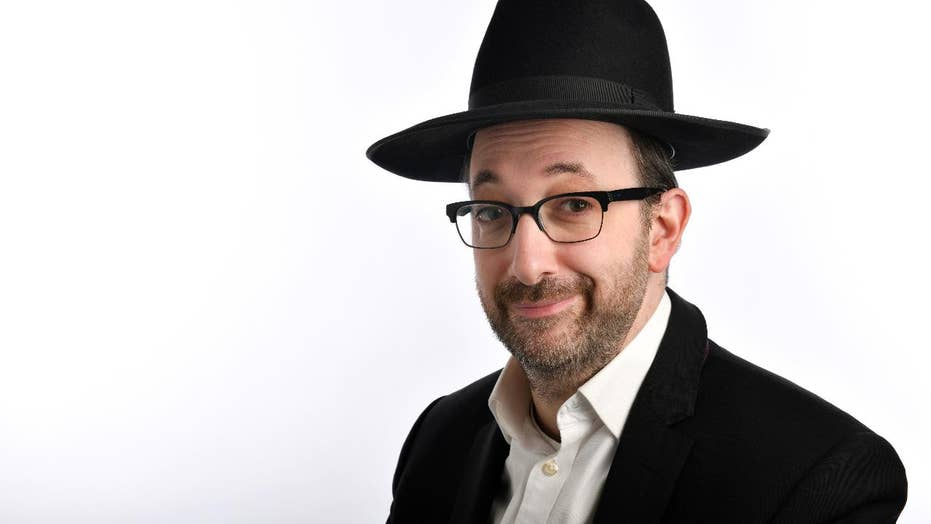 Meet Ashley Blaker: U.K.'s only Orthodox Jewish comedian