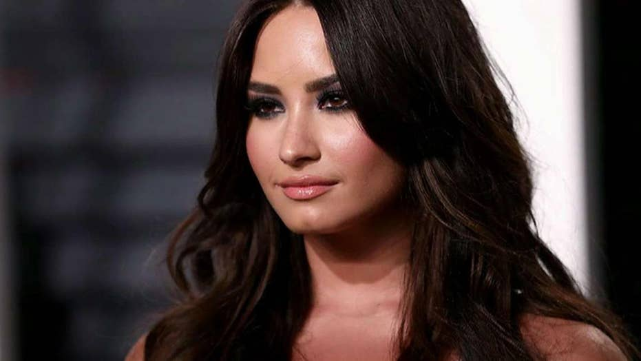 Sorry, Demi lovato caught naked