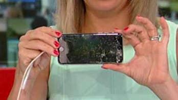 Samsung develops 'unbreakable' flex screen phones.