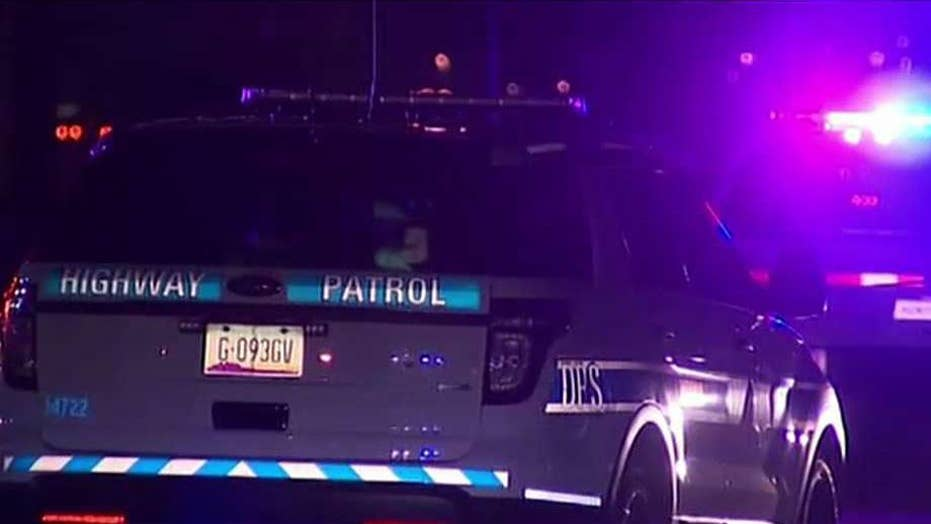 Arizona officer shot, killed with own gun