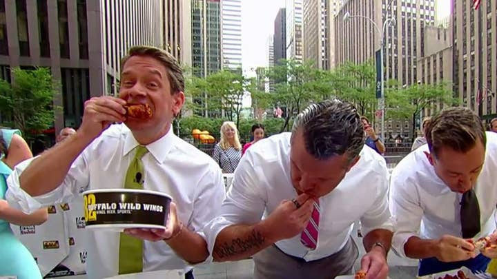 'Fox & Friends' celebrates National Chicken Wing Day