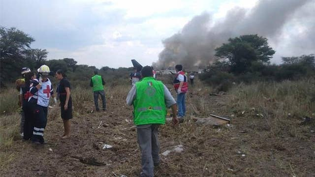 Aeromexico airliner goes down in field near airport