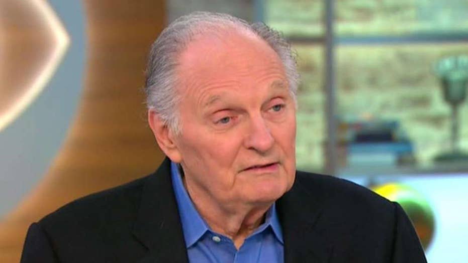 Alan Alda reveals he has Parkinson's disease