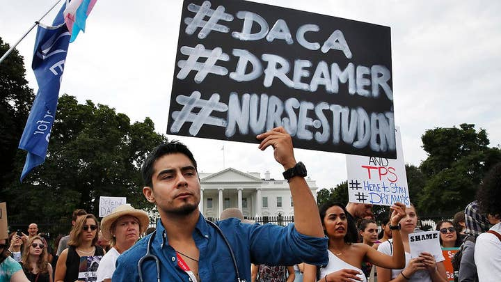 Judge orders that the DACA program be restarted