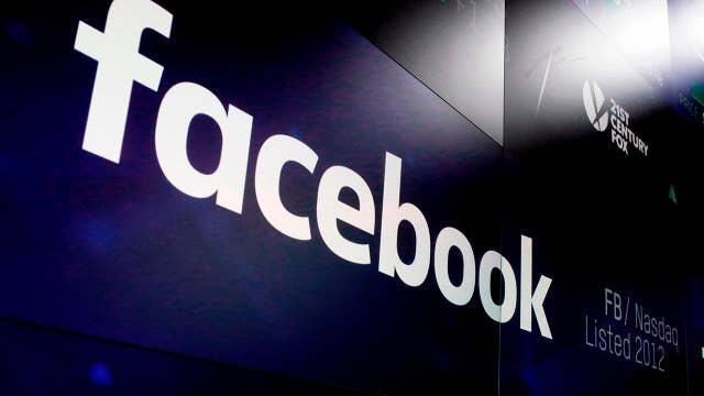 Report: Facebook asks banks for users' information