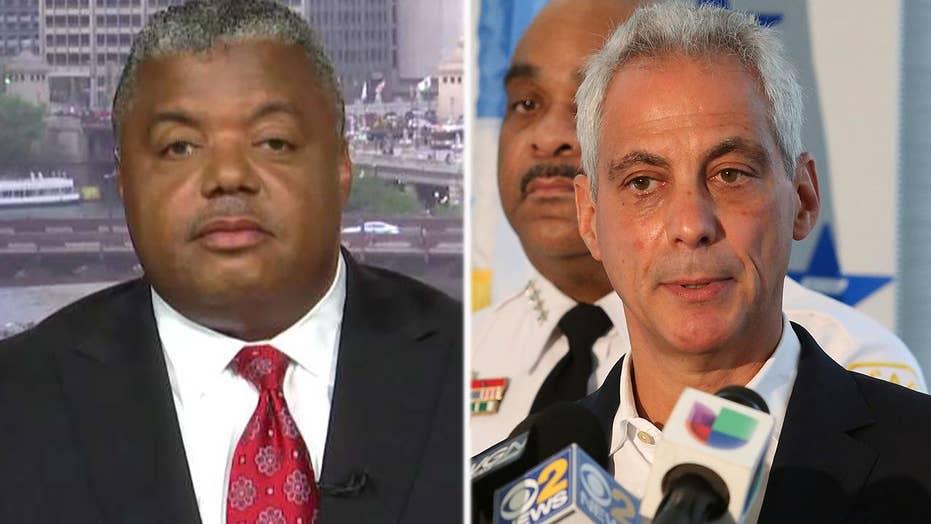 Rev. Livingston calls for Mayor Rahm Emanuel's resignation