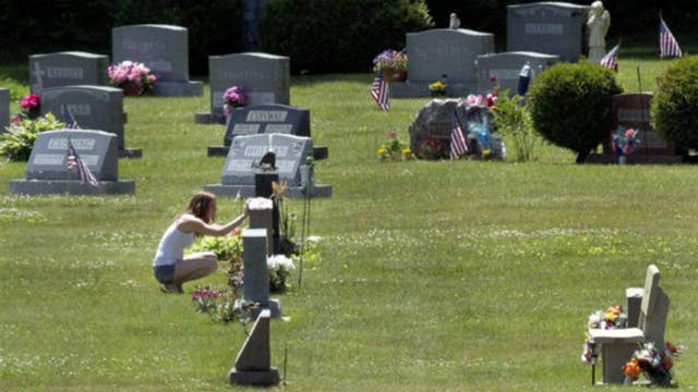 Bill would grant New Yorkers 3 months paid bereavement leave