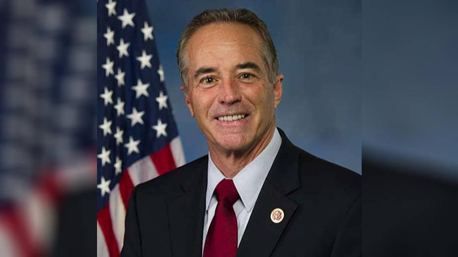 Rep. Chris Collins arrested on insider trading charges
