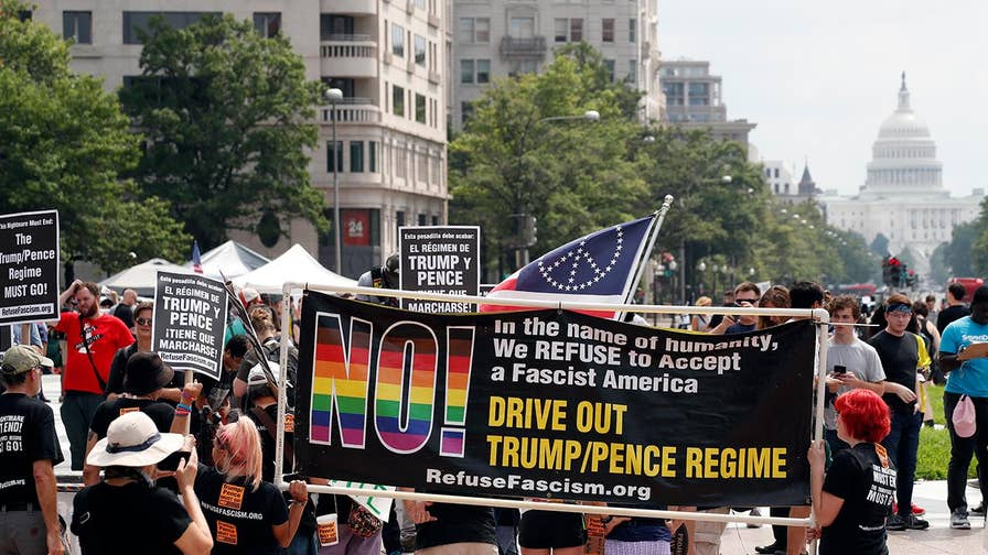 Hundreds of counterprotesters, including Antifa, confront the 'Unite the Right II' march toward the White House; Griff Jenkins reports on what happened on the ground.
