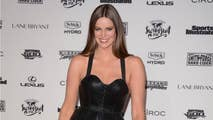 Australian Model Robyn Lawley posted photos on Instagram from an accident where she had a seizure and fell down a flight of steps, resulting in a large scar on her face.