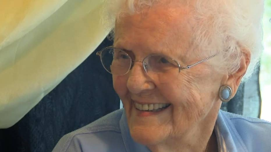101-year-old celebrates birthday at Taco Bell
