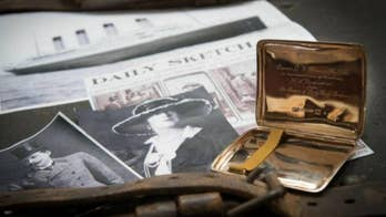 A cigarette case that was given as a gift from a controversial couple about the RMS Titanic is up for auction. What's the story behind the expensive gift?