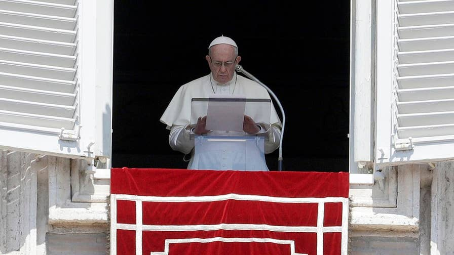 Pope begs for forgiveness in a letter to Catholics around the world; Bryan Llenas reports on how the Vatican is handling the crisis.