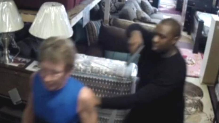 Robbery ends in unexpected way at home decor store