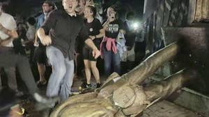 University of North Carolina students tear down Silent Sam statue on first day of class.