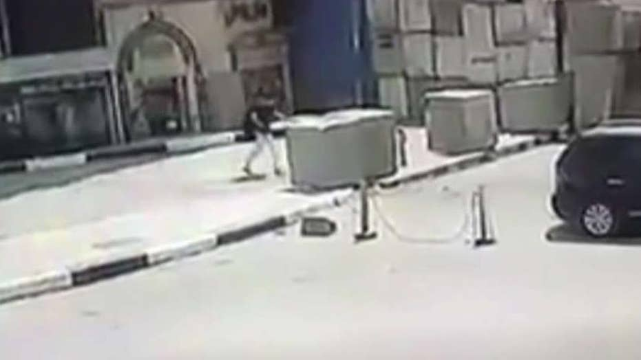Egyptian man arrested after backpack caught fire