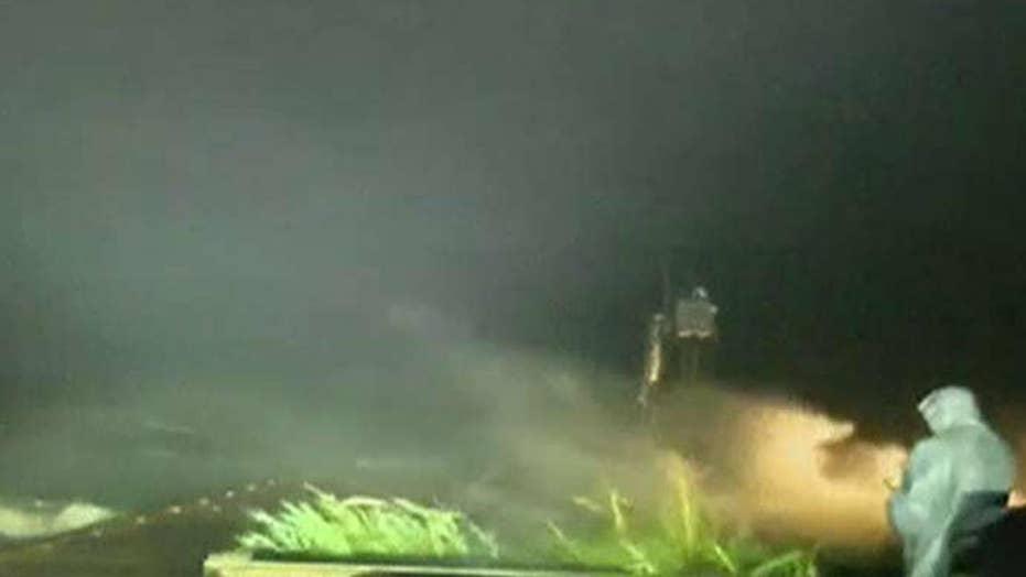 Gordon makes landfall near Alabama-Mississippi border