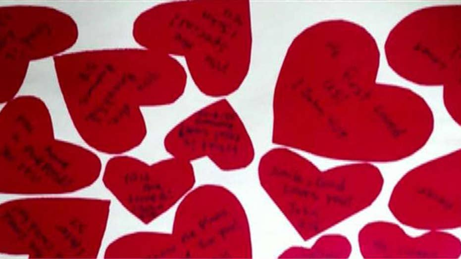 Student sues Wisconsin college over Valentine's