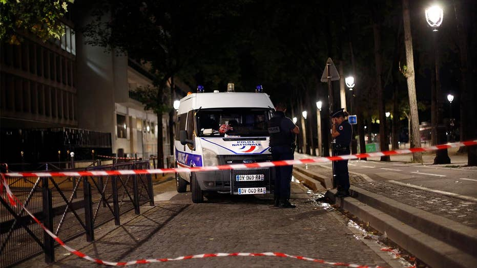 At least 7 hurt in knife attack in Paris