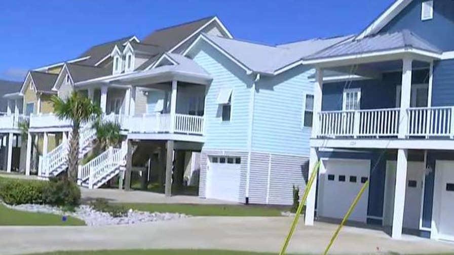FBN's Jeff Flock reports on evacuation preparations in Atlantic Beach, North Carolina.