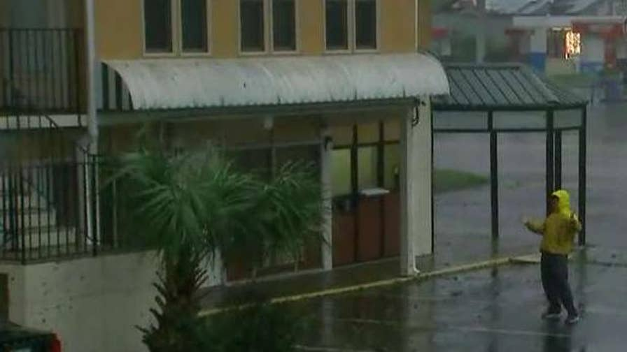 Hurricane florence makes landfall in north carolina as for Triangle motor inn jacksonville nc