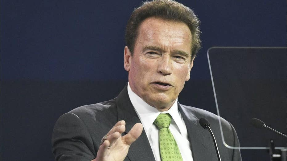 Arnold Schwarzenegger blindsided, dropkicked in the back