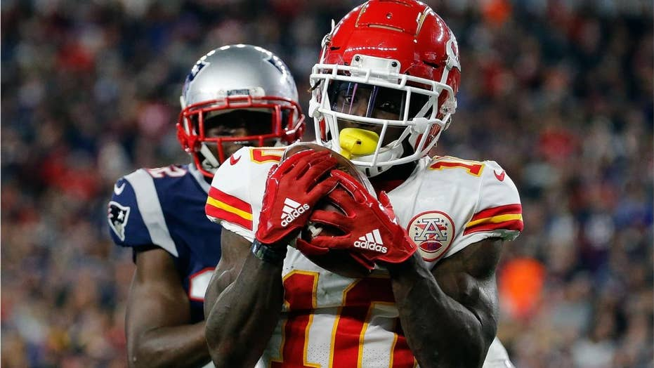 Chiefs receiver Tyreek Hill's agent wants fan prosecuted
