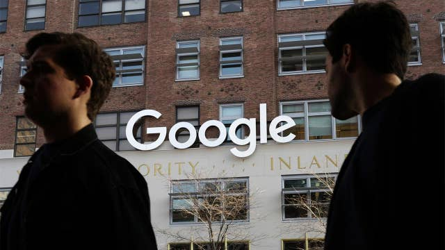 Censored search? Google not backing away from China project