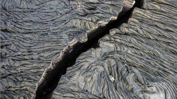 8.2 magnitude earth quake causes tectonic plates to split