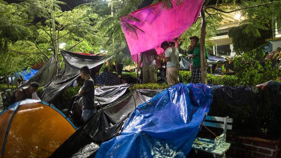 Migrant caravan helping Trump build case for a border wall?