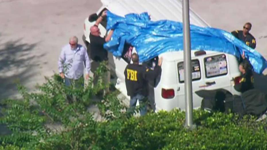 How law enforcement nabbed the mail bomb suspect