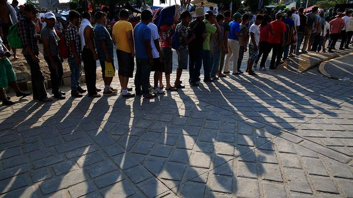 Migrant caravan members refuse Mexico's asylum offer