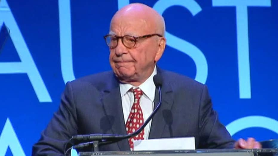 Murdoch honored at American Australian Association Dinner