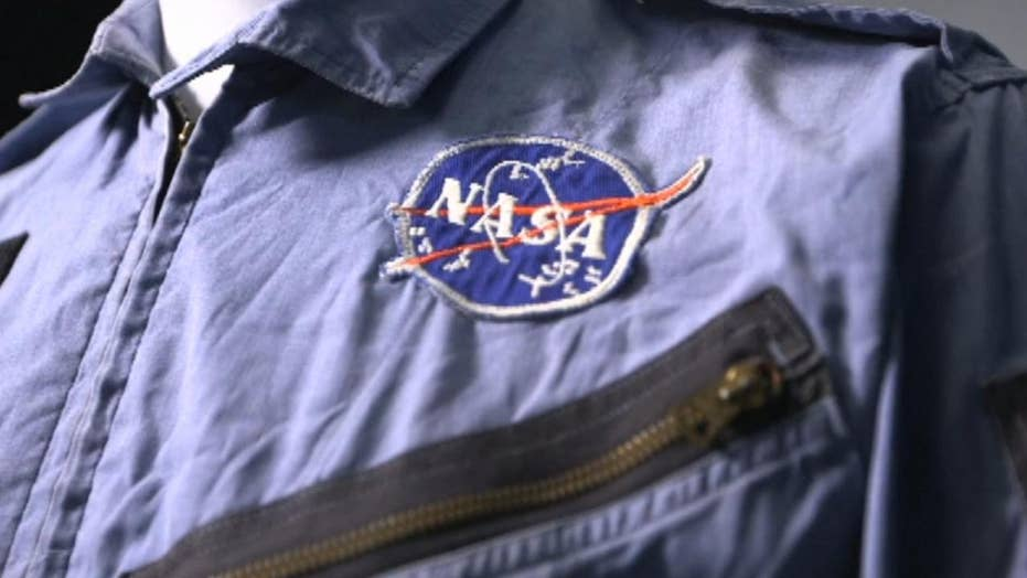 Neil Armstrong memorabilia hits the auction block