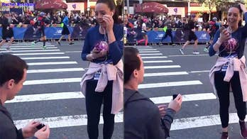 Man shamed for proposing at New York City Marathon as girlfriend runs by: 'He couldn't propose to her at the finish line?'