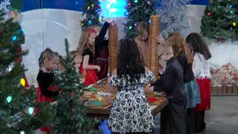 'Fox & Friends' gets in the holiday spirit