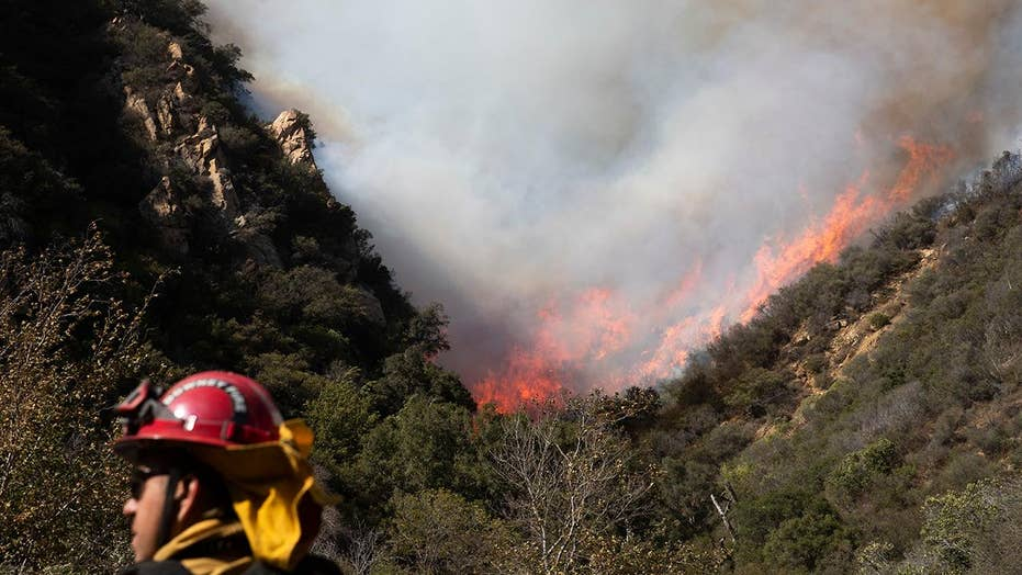 Concerns in California that Woolsey fire will gain steam