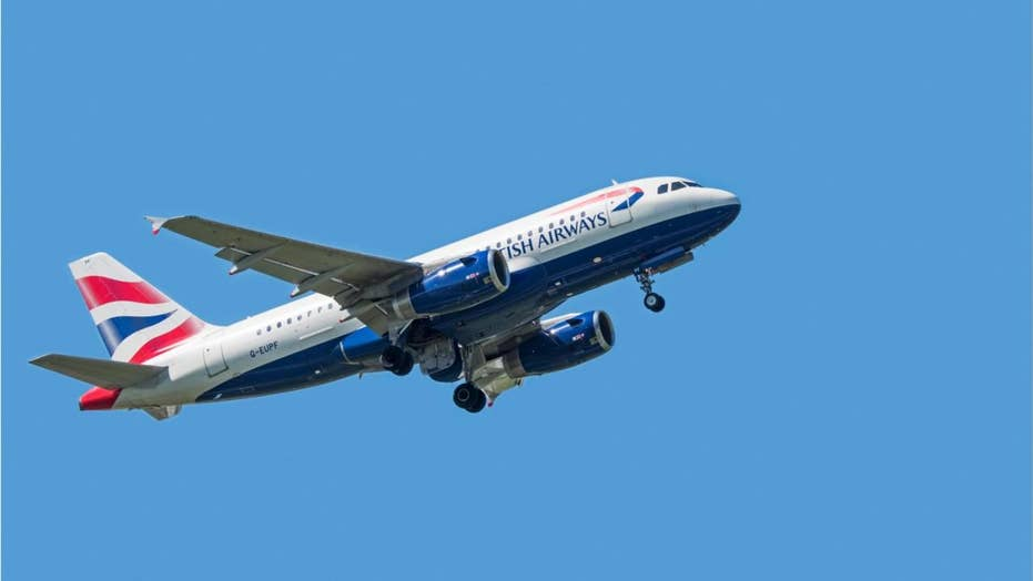 Man sues airline for seat next to overweight passenger
