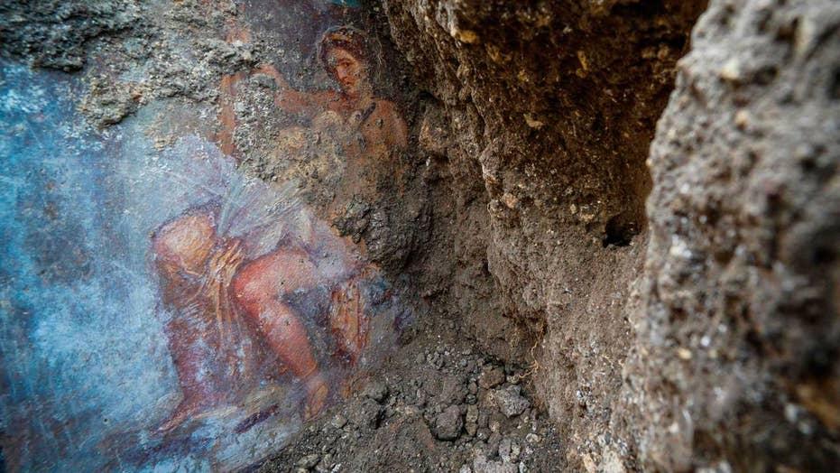 Stunning 'sensual' goddess fresco discovered in Pompeii