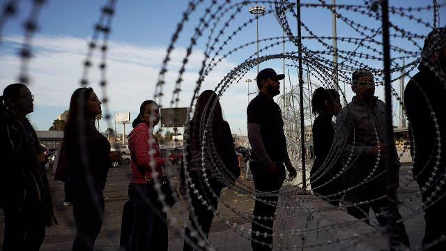 US-Mexico border refortified ahead of influx of migrants