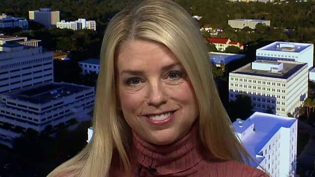 pam bondi explains florida u0026 39 s suit against walgreens  cvs