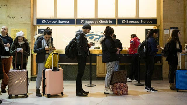 Thanksgiving travel dos and don'ts